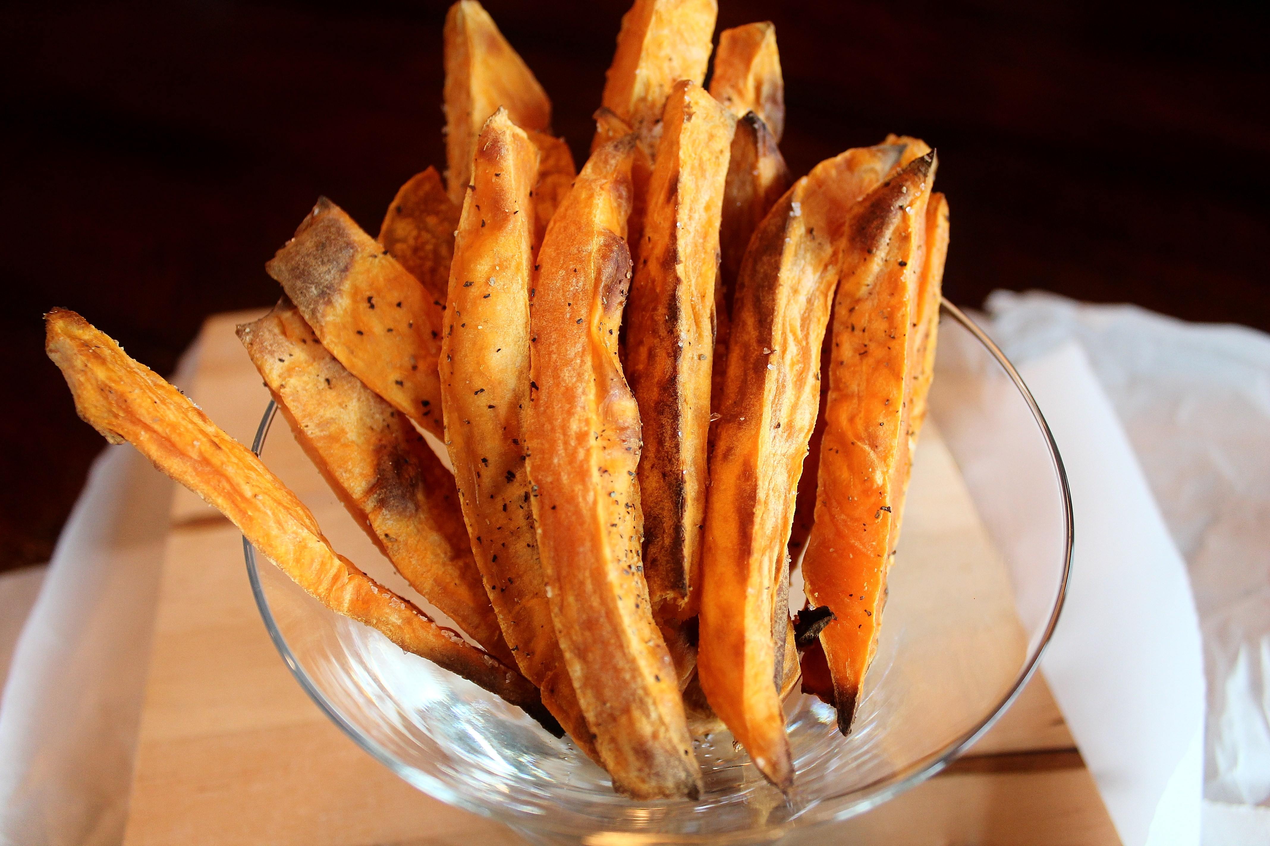 Crispy sweet potato fries and spicy cream sauce oil free the these crispy sweet potato fries contain no oil and they dont need it this isnt a fancy recipe it is just something that i make all the ccuart Image collections