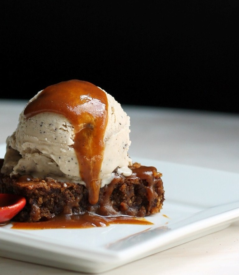 sweet potato caramel blondies with java crunch ice cream on top