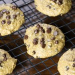 vegan pumpkin pie chocolate chip cookies on cooling rack