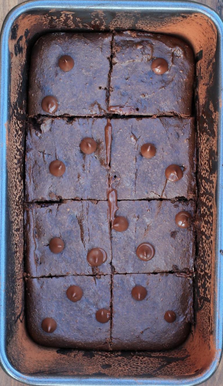 baked vegan brownies in loaf pan