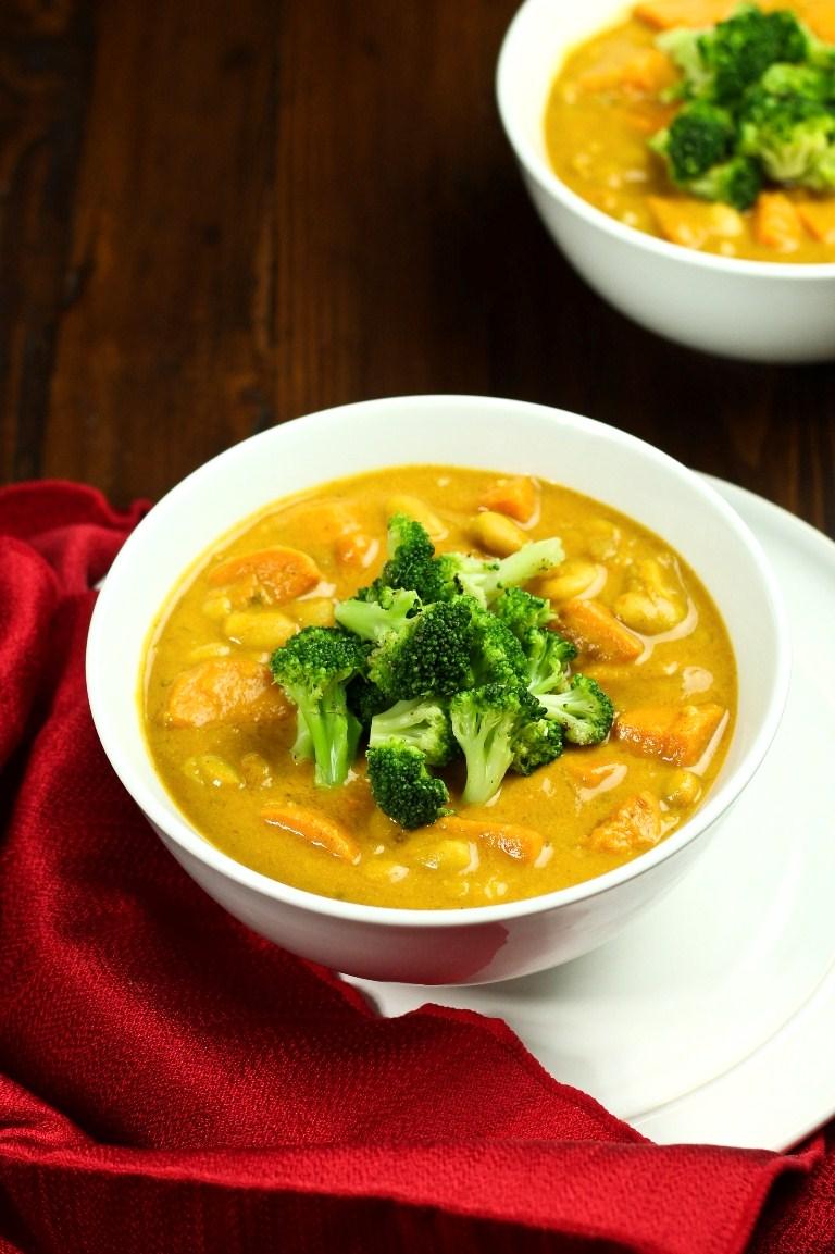 Sweet Potato White Bean Curry Soup & Broccoli | The Vegan 8