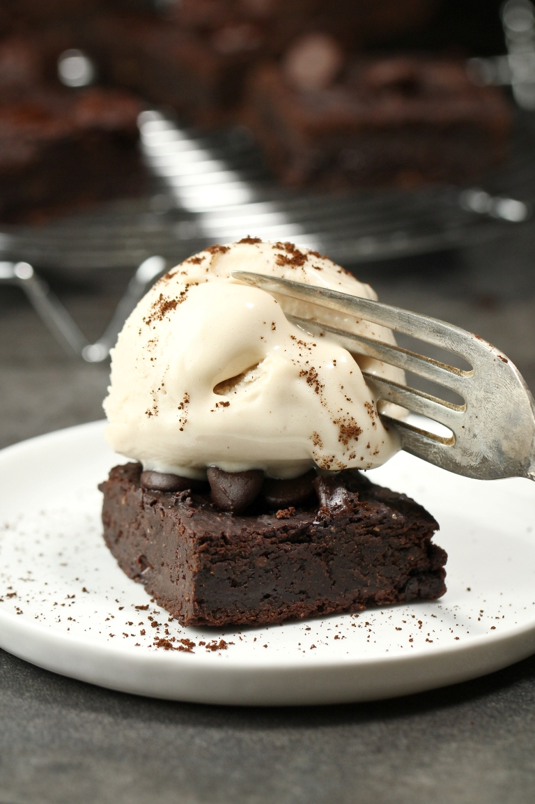 Vegan white bean brownie with ice cream and fork