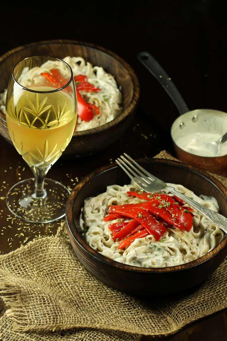 Creamy Vegan White Wine Sauce With Peppers Pasta The Vegan 8