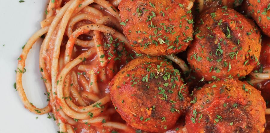 Homemade italian vegan meatballs the vegan 8 homemade italian vegan meatballs forumfinder Choice Image