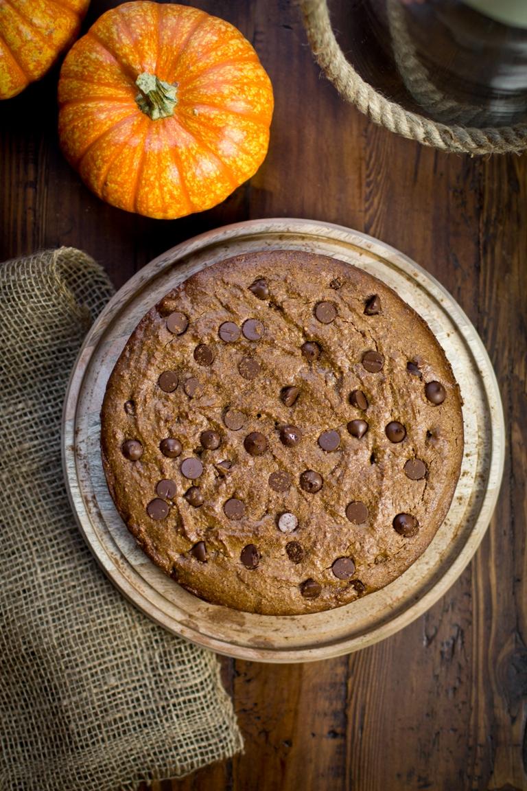 Vegan Pumpkin Spice Chocolate Chip Cookie Cake | The Vegan 8