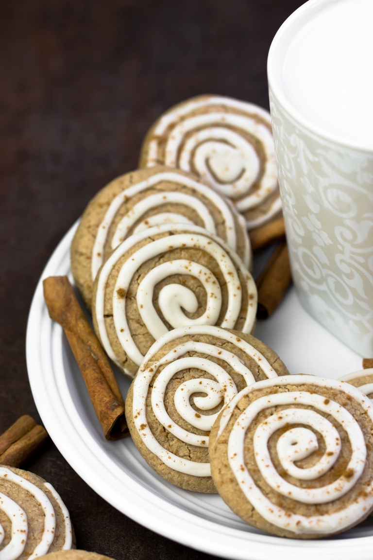 Vegan cinnamon roll cookies on white plate