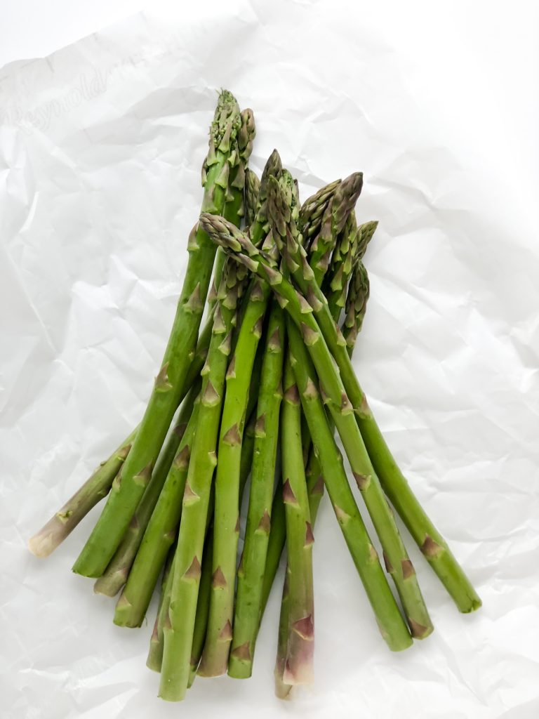 pan of asparagus before roasting