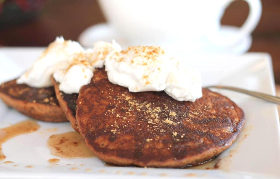 vegan gingersnaps pancakes with whipped cream