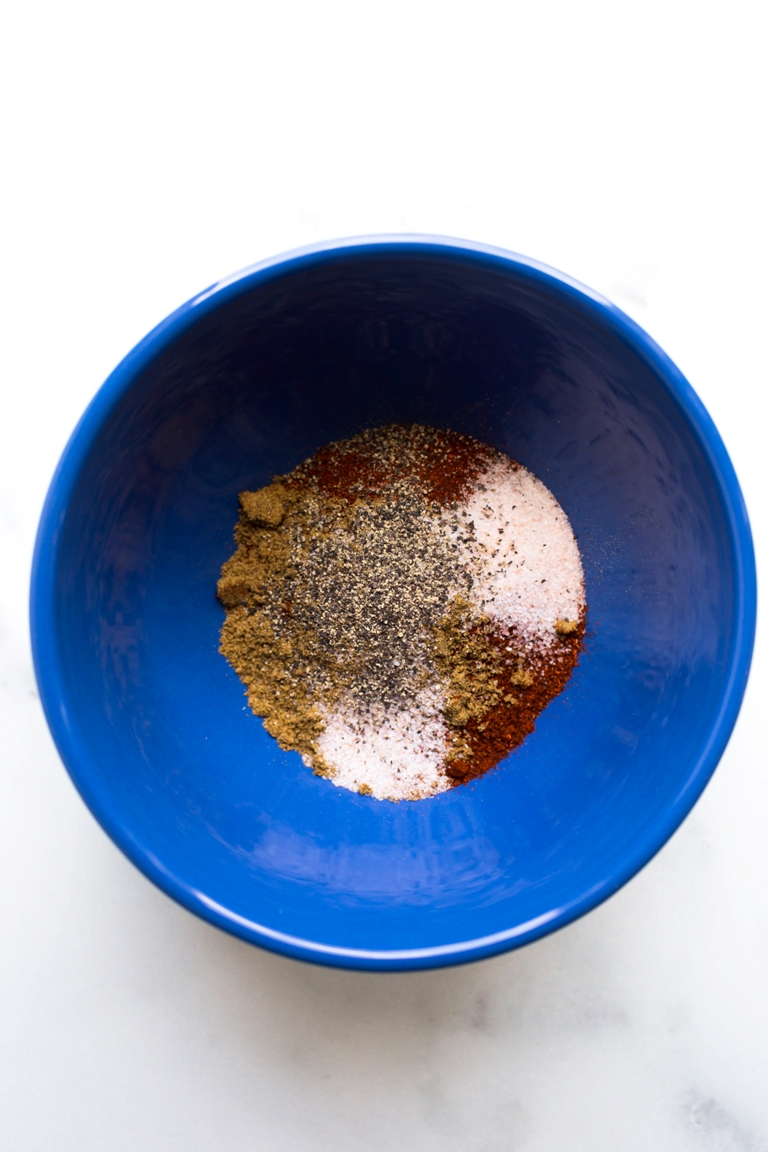 chili spice ingredients in blue bowl