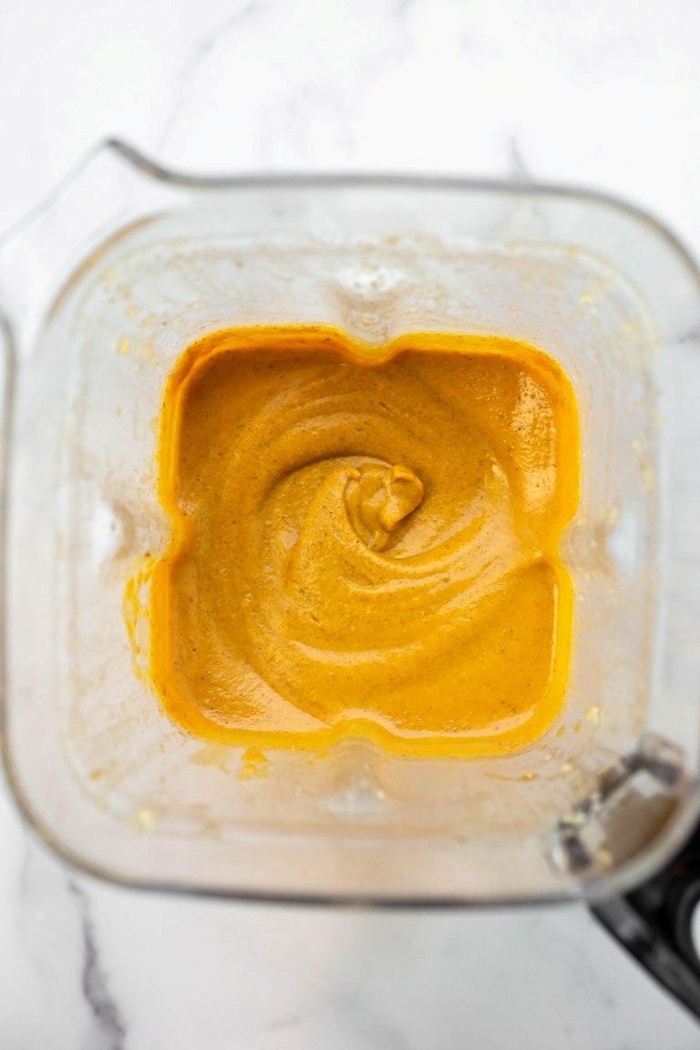 vegan pumpkin pie filling blended in blender