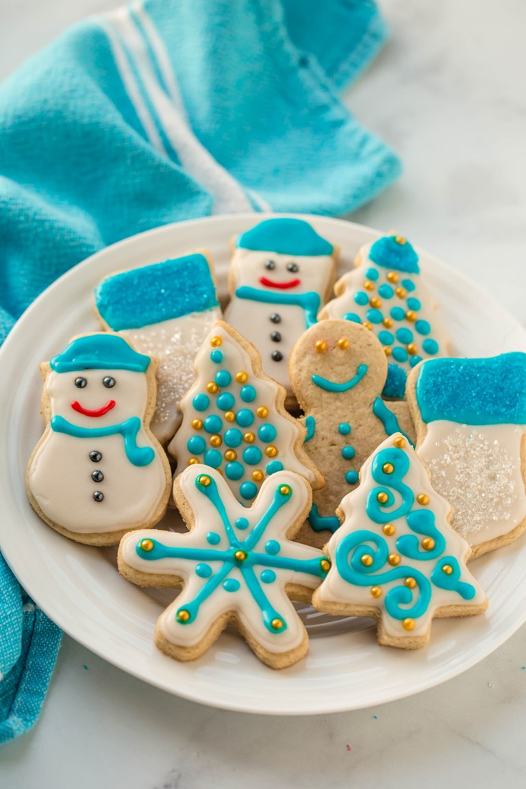 turquoise and gold decorated sugar cookies