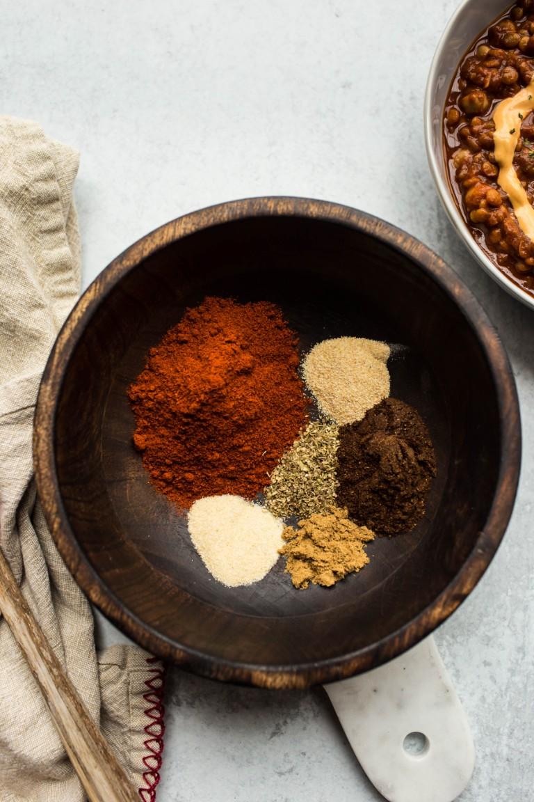 HOMEMADE CHILI POWDER RECIPE - The Vegan 8